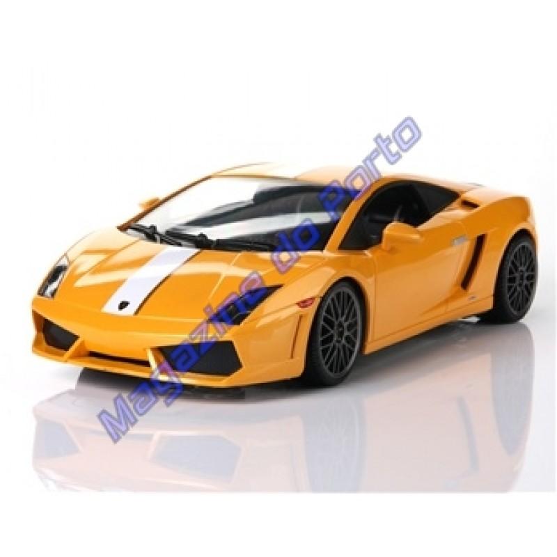 Carro LAMBORGHINI Controle Remoto Licenciado 1:16 4 Canais RC Amarelo