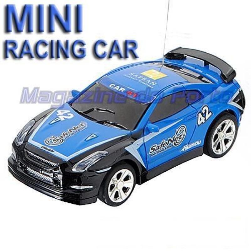 Miniatura de Carro Controle Remoto Estilo HotWheels função total Nissan Skyline