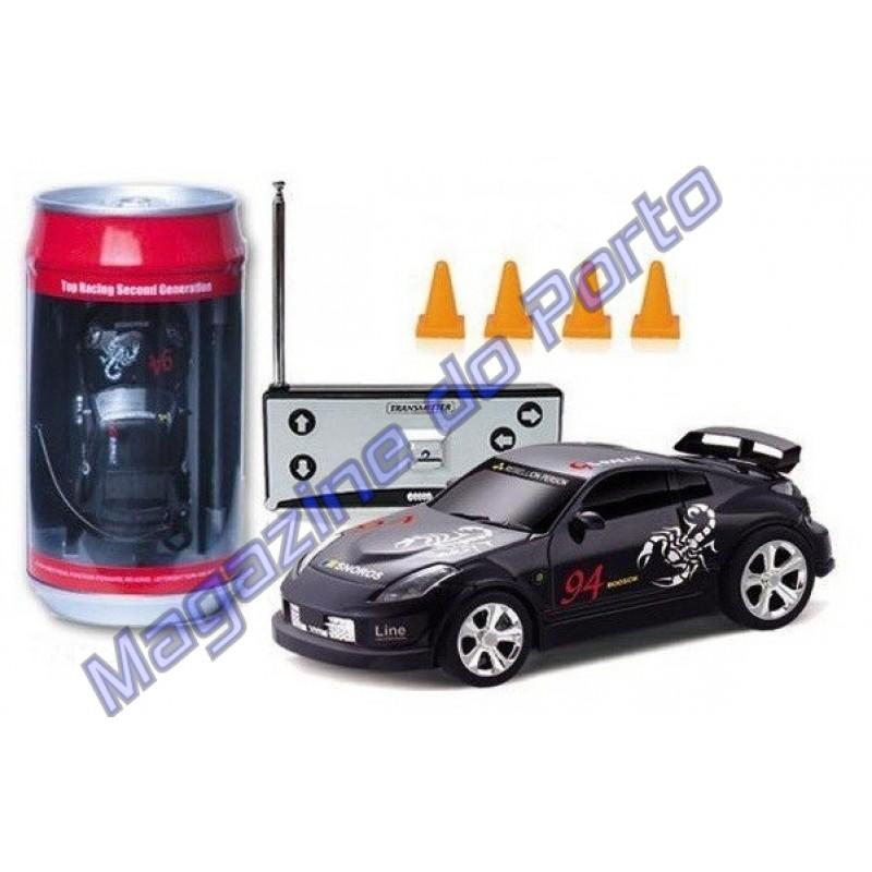 Miniatura de Carro Controle Remoto Estilo HotWheels função total Nissan Fairlady