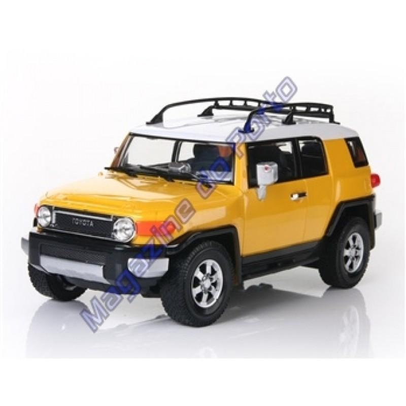 Carro Toyota Fjcruiser Controle Remoto Licenciado 1:16 4 Canais RC Amarelo