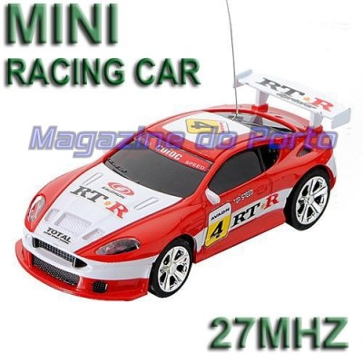 Carro Miniatura Controle Remoto Estilo HotWheels função total Maserati Granturismo